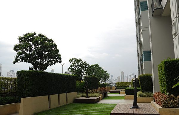 Ivy-Thonglor-Bangkok-condo-for-sale-garden